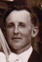 Tochter von <b>Johann Förster</b> und Gertrud Förster (oder Maria Strauch war die ... - Widdau-CarlJoseph1922ca1-1949-Hochzeit-OdiliaF-200